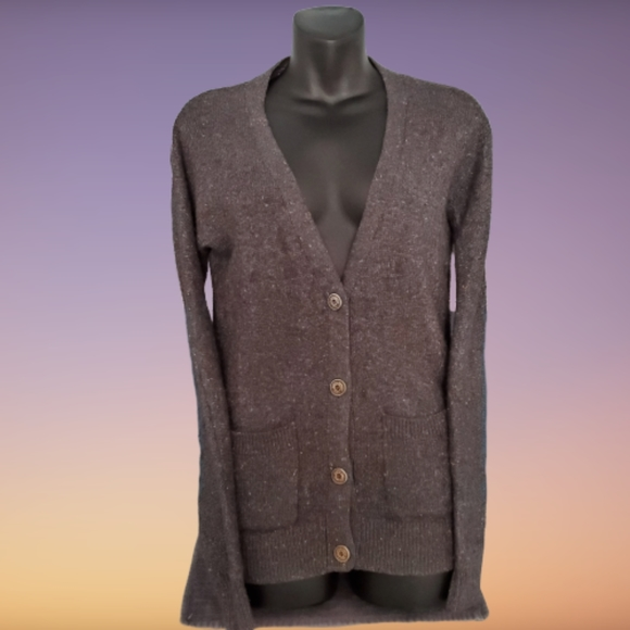 Roots Sweaters - Roots Canada button up grey Cardigan. Size Small